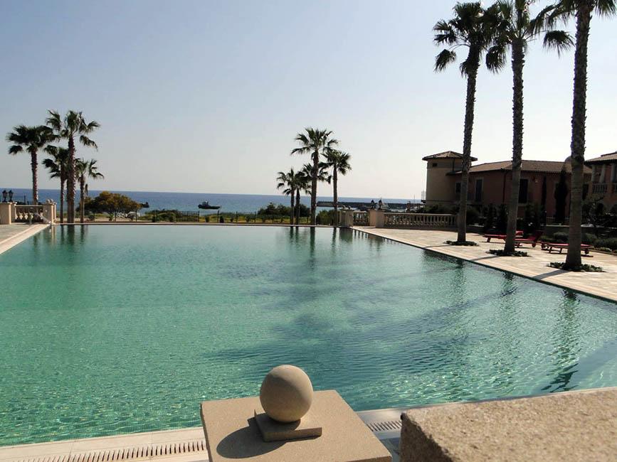 hotel 02 - Swimming Pools